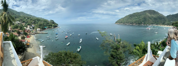 Trippin Light With Annie and Danny - Yelapa Pano