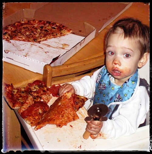 will-austin-photography-pizza-baby